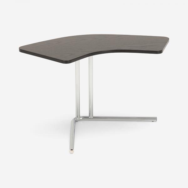 【11月下旬以降お届け】TECTA K26 サイドテーブル ブラック